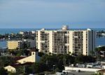 Foreclosed Home en DOLPHIN PT, Clearwater Beach, FL - 33767