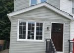 Foreclosed Home en 201ST PL, Saint Albans, NY - 11412