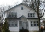 Foreclosed Home en ELLISON AVE, Freeport, NY - 11520