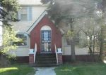 Foreclosed Home en MONTICELLO BLVD, Cleveland, OH - 44121