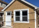 Foreclosed Home en OLYMPIA BLVD, Staten Island, NY - 10306