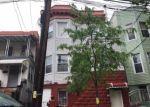 Foreclosed Home en VAN NEST AVE, Bronx, NY - 10462