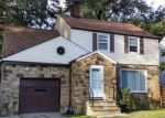 Foreclosed Home en NEVILLE RD, Cleveland, OH - 44121