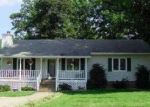 Foreclosed Home en CHESTERWOOD DR, Spotsylvania, VA - 22553