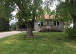 Foreclosed Home en E ESSEX AVE, Salem, SD - 57058