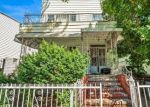 Foreclosed Home en ESSEX ST, Brooklyn, NY - 11208