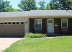 Foreclosed Home en FOXPATH DR, Saint Louis, MO - 63137