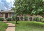 Foreclosed Home en CHAMBERS RD, Saint Louis, MO - 63137
