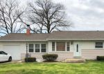 Foreclosed Home en EDGECLIFFE DR, Saint Louis, MO - 63123