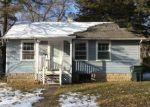 Foreclosed Home in LINN BLVD SE, Cedar Rapids, IA - 52403