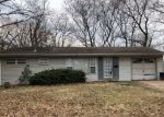 Foreclosed Home en JETT DR, Saint Louis, MO - 63136