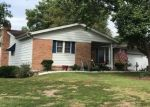 Foreclosed Home en ESQULINE DR, Fenton, MO - 63026