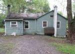 Foreclosed Home en GAME FARM RD, Schwenksville, PA - 19473