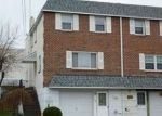 Foreclosed Home en LINDA LN, Norristown, PA - 19401