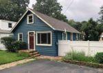 Foreclosed Home en ONEIDA AVE, Landing, NJ - 07850