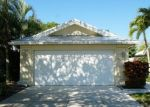 Foreclosed Home en SW WATERFALL BLVD, Palm City, FL - 34990