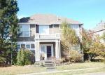 Foreclosed Home en DOGWOOD LN SE, Snoqualmie, WA - 98065
