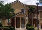 Foreclosed Home en SW 272ND ST, Homestead, FL - 33032