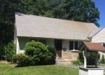 Foreclosed Home in UDALL RD, Bay Shore, NY - 11706