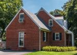 Foreclosed Home en W SEDGWICK ST, Sandston, VA - 23150