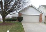 Foreclosed Home en HIGH CREST ST, Florissant, MO - 63033