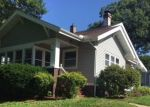 Foreclosed Home in 8TH AVE SE, Cedar Rapids, IA - 52403