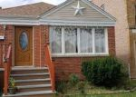 Foreclosed Home en S KOMENSKY AVE, Chicago, IL - 60629