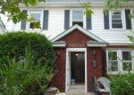 Foreclosed Home en HILLSIDE RD, Elizabeth, NJ - 07208