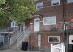 Foreclosed Home en VINCENT AVE, Bronx, NY - 10465