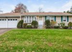 Foreclosed Home en BROWN ST, Hamden, CT - 06518