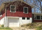 Foreclosed Home en LAWN AVE, Kansas City, MO - 64130