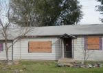 Foreclosed Home en N 25TH AVE, Greeley, CO - 80631