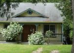 Foreclosed Home en E GRAPEVIEW LOOP RD, Allyn, WA - 98524