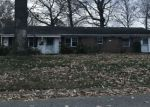 Foreclosed Home en WOODLAKE RD, Virginia Beach, VA - 23452
