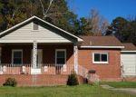 Foreclosed Home en W ELLERSLIE AVE, Colonial Heights, VA - 23834