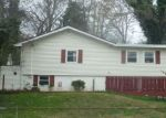 Foreclosed Home in OUTER DR, Oak Ridge, TN - 37830