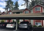 Foreclosed Home en COUNTRY CLUB DR, Bothell, WA - 98012