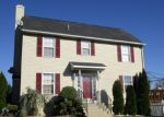 Foreclosed Home en RAMBLEWOOD LN, Bethlehem, PA - 18017