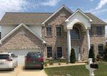 Foreclosed Home en AVONDALE SPRING DR, O Fallon, MO - 63368