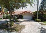 Foreclosed Home en NW 165TH TER, Hialeah, FL - 33016