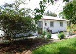 Foreclosed Home en SE DOLPHIN DR, Stuart, FL - 34996
