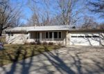 Foreclosed Home in W KAREN DR, Decatur, IL - 62526