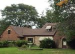 Foreclosed Home en HUNT RD, Strongsville, OH - 44136