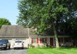 Foreclosed Home en RIFE RUN RD, Manheim, PA - 17545