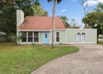 Foreclosed Home en OAKVIEW DR, Jacksonville, FL - 32246