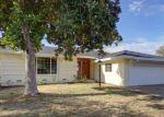 Foreclosed Home en NEWPORT AVE, Sacramento, CA - 95822