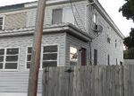 Foreclosed Home en SPRING ST, Bristol, PA - 19007