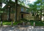 Foreclosed Home en MEDINAH DR, Reading, PA - 19607