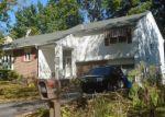 Foreclosed Home en GLEN RD, Reading, PA - 19606