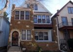 Foreclosed Home en S 61ST ST, Milwaukee, WI - 53214